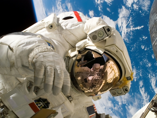 Astronaut desktop wallpapers. Astronaut free hq wallpapers. Astronaut