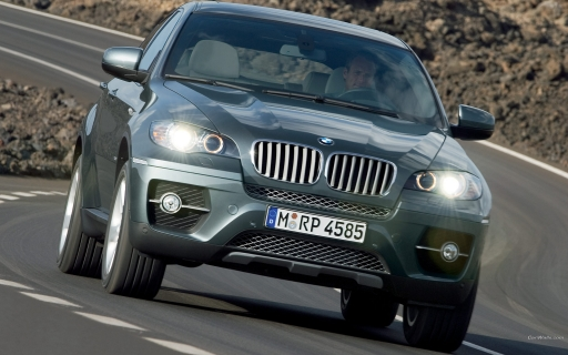BMW X6 on the road desktop wallpapers. BMW X6 on the road free hq wallpapers. BMW X6 on the road