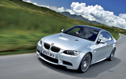 White BMW M3  Coupe desktop wallpapers. White BMW M3  Coupe free hq wallpapers. White BMW M3  Coupe